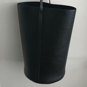OAK + FORT Bucket Purse Bag
